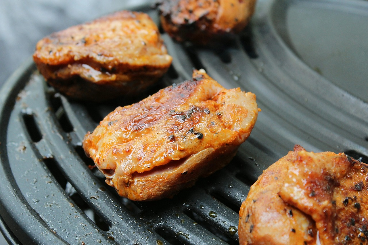 grilled-meats-565225_1280
