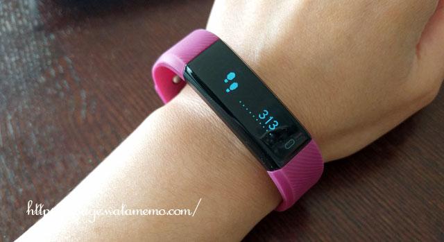 スマートウォッチ Muzili スポーツ 防水 スマートブレスレット 時計 腕時計 歩数計 活動量計 睡眠計 着信通知 メッセージ通知  カロリー消費 目覚まし時計 IP67防塵防水日本語対応APP iPhone / androidスマホ対応
